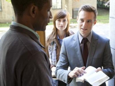Predicatori Porta A Porta, Testimoni Di Geova A Prova Di Privacy