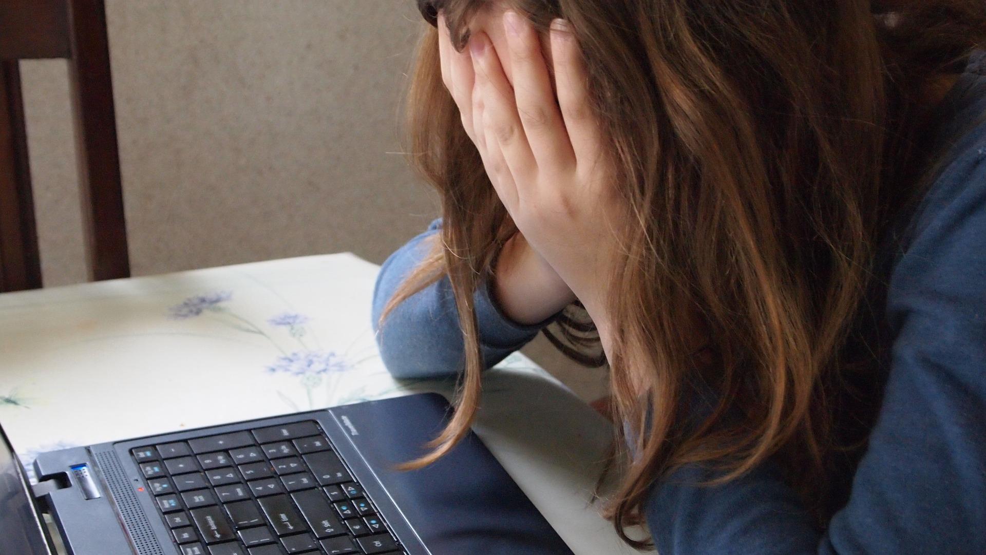 30 Gli Ammonimenti, Solo 100 Reclami Per Cyberbullismo Al Garante Per La Privacy
